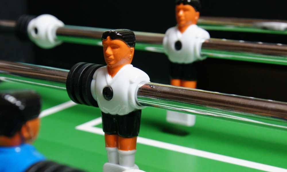 American Heritage Carlyle Series 390001 Tournament Size And Quality Foosball  Table Review