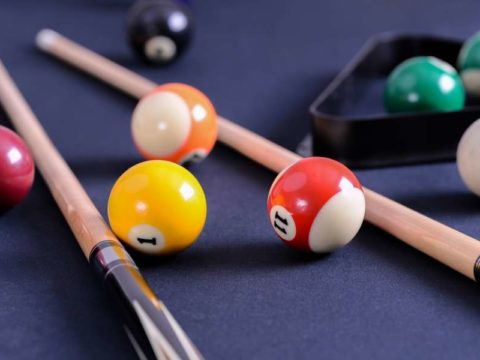 A Beginner's Guide to Buying Pool Table